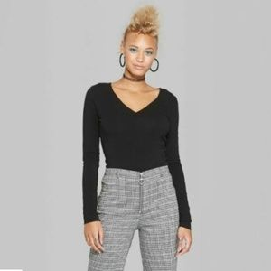 Wild Fable Black V-Neck Long Sleeve Crop Top Size